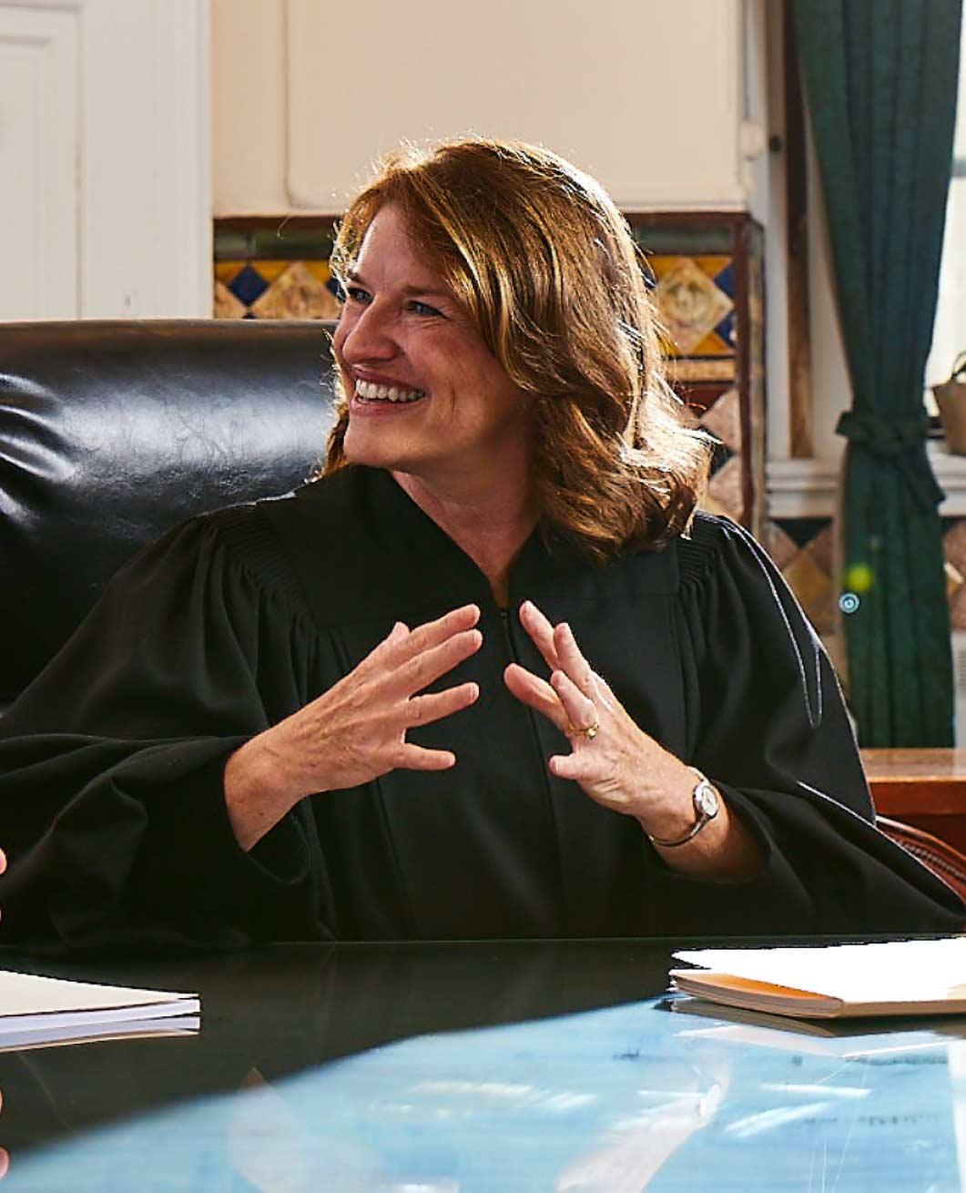 Judge-close-2